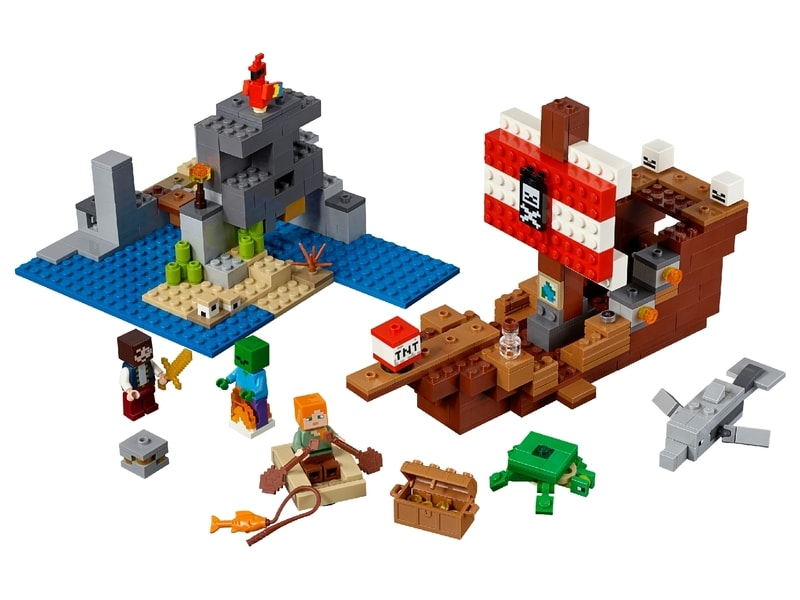 LEGO® Minecraft™ The Pirate Ship Adventure